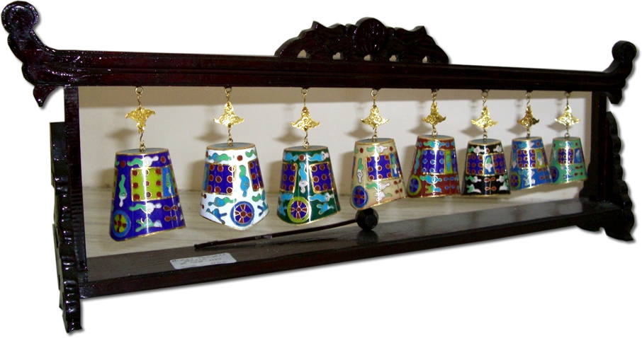 Chinese cloisonne temple bells on stand zitan for Cloison stand